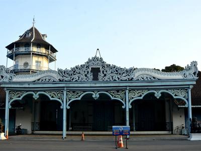 Harga Tiket Masuk, Tradisi Sekaten, Sejarah Berdirinya Sampai 10 Gambar Keraton Kasunanan Surakarta